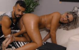 Vídeo de mulher transando